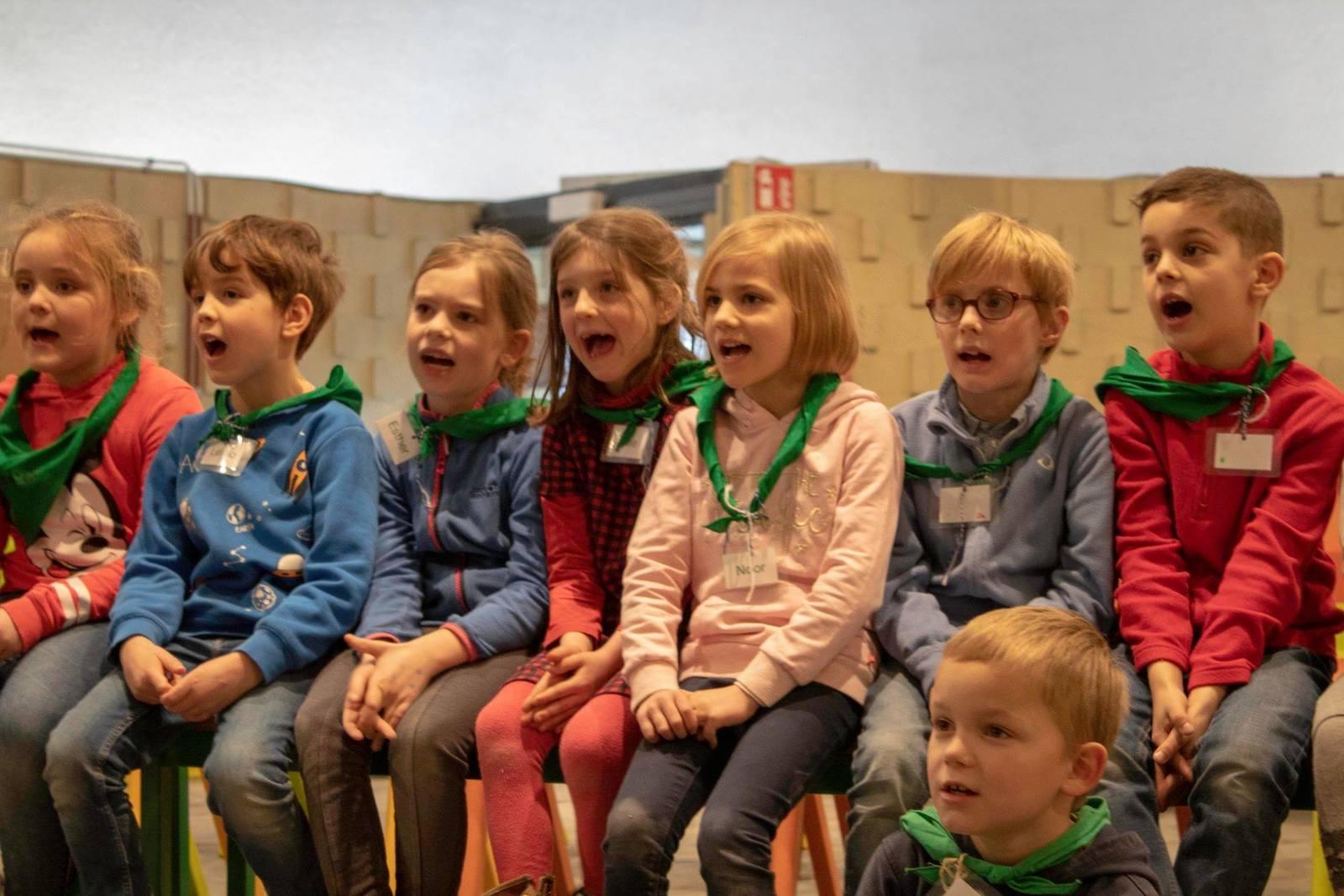 Kinderkoor op SJC De Krekel op maandagavond