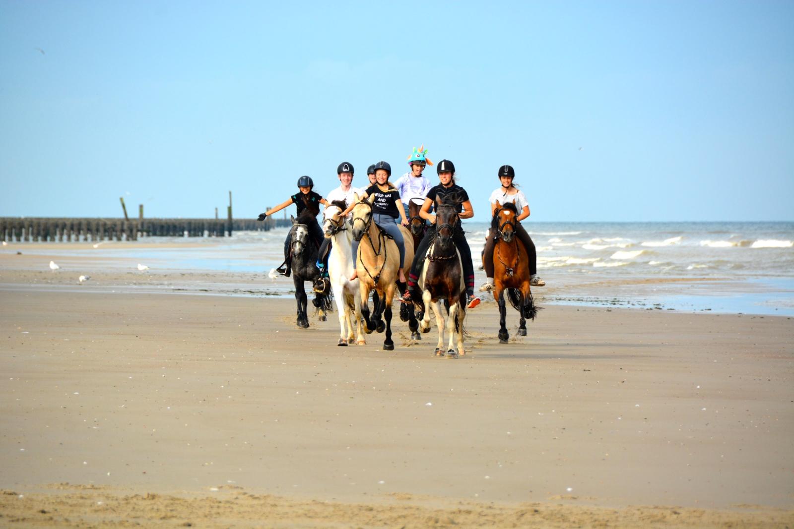[2022] Paardrijden aan zee - Pasen - Aagtekerke